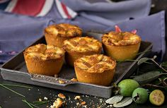 These simply delicious golden brown little muffin-shaped feijoa pies with sugar lattice crust are great as a winter dessert with a scoop of vanilla ice cream or whipped cream. Crumble Recipe, Crust Recipe, Orange Recipes, Sweet Recipes, Wine Recipes, Baking Recipes, Sour Cream Pancakes, Fish Pie, Winter Desserts