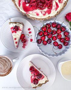 Cherry Tart 🍒 – Sweet baking by Goshhi Cherry Tart, Bruschetta, Bff, Almond, Coconut, Baking, Ethnic Recipes, Sweet, Food