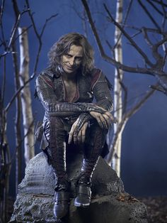 Robert Carlyle as Rumplestiltskin/Mr. Gold on Once Upon a Time... He is  so coll!!