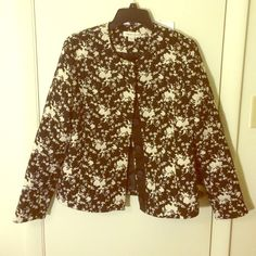 Coldwater Creek Black&white floral Coat/Jacket Brand is Coldwater Creek, made in Vietnam, size 10. Black & white small floral print~ In good condition, all buttons are right there and has a replaced one on the tag. It's casual~ Coldwater Creek Jackets & Coats Utility Jackets