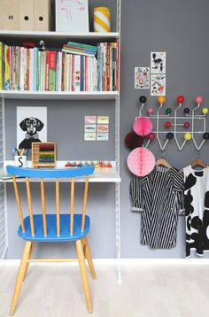 very lovely little corner of a kids room - String shelves double up as a desk Workspace Inspiration, Room Inspiration, Kids Workspace, Scandinavian Shelves, String Shelf, Creative Kids Rooms, Ideas Prácticas, Kids Study, Barbie Dream House