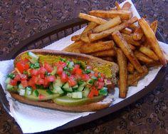 chubbyvegan:    Vegan Chicago Hot Dogs with Ocean City Boardwalk Fries