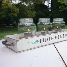 Bandejaestilo vintage realizados con madera y frascos  DISEÑO: Buenas Vibras - Compartir y disfrutar  MEDIDAS:36cm x 14cm x 4,5cm  USOS: bandeja, candil, d...