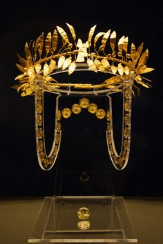 A golden wreath and ring from the burial of an Odrysian Aristocrat at the Golyamata Mogila tumulus mid-4th century BC.