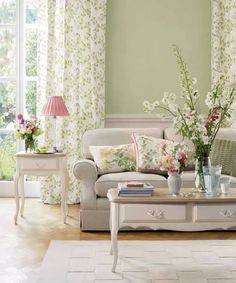 I want to decorate my next house like this!!! I love the happy colores and airy look