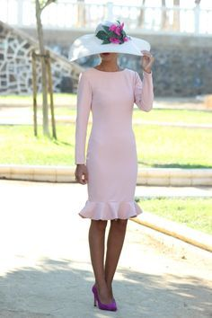 Vestido isabella rosa palo chuchus et moi vestidos bodas пла Elegant Dresses, Cute Dresses, Beautiful Dresses, Short Dresses, Mother Of Bride Outfits, Modelos Fashion, Occasion Dresses, The Dress, Pink Dress