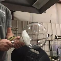 Cleaning the inside of a glass flask with compressed air   http://ift.tt/1qYRJi6 via /r/woahdude http://ift.tt/1qYVZy6