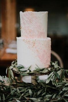 Your Wedding Cakes - Aspire Wedding Creative Wedding Cakes, Floral Wedding Cakes, Amazing Wedding Cakes, White Wedding Cakes, Wedding Cake Designs, Wedding Cake Inspiration, Wedding Ideas, Fall Wedding, Wedding Reception Planning