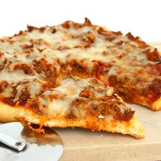 Homemade Pizza w/ Beef (Swampna's Cuisine blog)