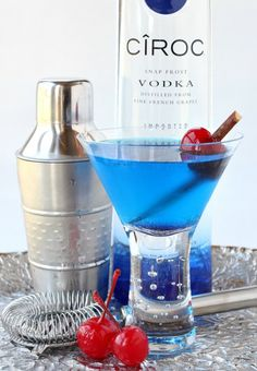 This Blue Heaven Martini will bring you right into summertime!