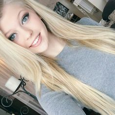 {Fc:Loren gray} Hello, My name is Loren and I'm 19. I'm a two and I was a model back home, we still live in Angeles. You might have heard of me, I'm in quite a lot of magazines and get interviewed. My family is also one you might hear of often. They're ever so perfect, or at least they act it. Everyone always thinks i'm so pretty and perfect but really I'm a total nerd and really shy. It's all a facade, anyways. Good luck all!!