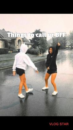 Best Friend Gifs, Love My Best Friend, Best Friends For Life, Cute Friends, Things To Do At A Sleepover, Fun Sleepover Ideas, Crazy Things To Do With Friends, Funny Videos For Kids, Funny Short Videos