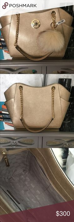 Michael Kors Purse Brand New Never Used Asking Price $300 OBO Michael Kors Bags Shoulder Bags