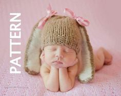 Baby bunny beanie knitting pattern. Easy bunny hat pattern. Great photoprop or for baby for the holidays