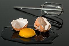 Gli albumi delle uova non sono buoni solamente per preparare delle ottime torte. Certo, spesso non sappiamo cosa farne, se non sfruttare gli albumi...