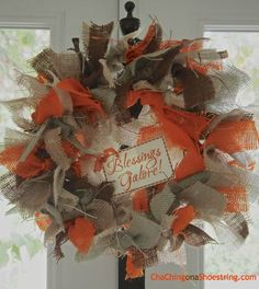 The Dollar Store Diva: Easy Autumn Burlap Wreath   Free Printable