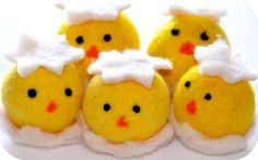 Needle-felted chicks -- Makes me want to learn to needle-felt!