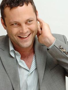 """As long as humiliation comedy makes people laugh, Vince Vaughn will have no problem finding a job,"" writes Nancy Mills of The New York Daily News. Vaughn stars in ""Wedding Crashers."" He stars as a nearing 40 adolescent who shows. Famous Men, Famous Faces, Vince Vaughn, Funny People, My Boyfriend, Comedians, Movie Stars, Actors & Actresses, Sexy Men"