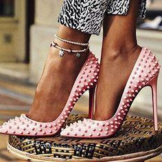 pink stilettos//