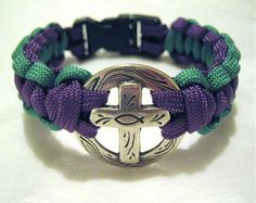 Cross design. Paracord bracelet. Love the colors and the cross
