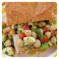 Bay Avocado Salad: so delicious and super easy to make!