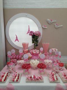 Mesa Chuches París - Bar à bonbons rose - Pink candy buffet (sweet table) Red Party, Candy Party, Candy Bar Comunion, Pink Candy Buffet, Wedding Candy Table, Bar A Bonbon, Ballerina Party, Marshmallow Pops, Ideas Para Fiestas