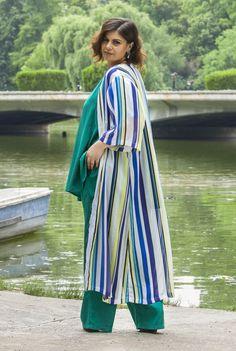 Kimono cu dungi SNK PLUS 11 - AMA Fashion Duster Coat, Kimono, Plus Size, Cool Stuff, Jackets, Fashion, Down Jackets, Moda, Fashion Styles