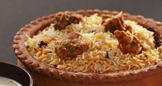 Awadhi Mutton Biryani Recipe - Breathe in the aroma of this princely mutton biryani, cooked the royal Awadhi style! Perfect for your dinner table feasting! Rice Recipes, Indian Food Recipes, Great Recipes, Ethnic Recipes, Lamb Recipes, Chicken Recipes, Veggie Fries, Veggie Stir Fry, Eid Food
