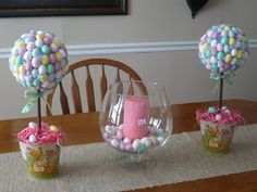 Just in case you missed this at Red Heads Craft More Fun ! I wanted to share with y& my two Easter topiaries! I bought all of my s. Easter Crafts, Holiday Crafts, Holiday Fun, Easter Decor, Easter Ideas, Easter Recipes, Holiday Ideas, Hoppy Easter, Easter Bunny