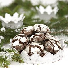 Beautiful snökakor with chocolate. Bagan, Sweet Cookies, Swedish Recipes, Good Enough To Eat, Candy Making, Christmas Baking, Chocolate Recipes, Holiday Recipes, Biscuits