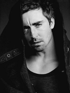Repinning these black and white stunners of Lee Pace . . .