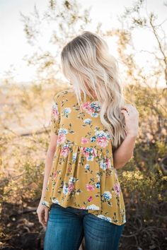 Lace-up Back Floral Ruffle Top | Jane