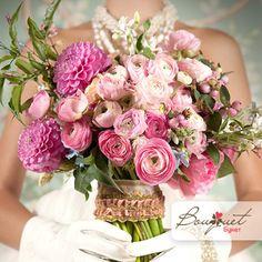 Графиня - свадебный букет из роз, георгин и ранункулуса, заказать в Bouquet