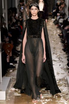 All the Looks From the Valentino Spring/Summer 2016 Haute Couture Show