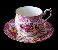Royal Albert Vintage Teacup - Pink Floral