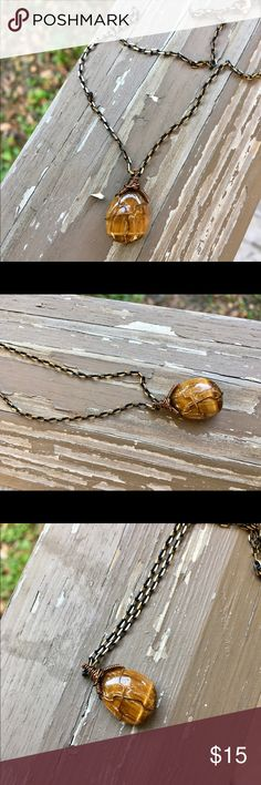 Tiger's Eye Handmade Necklace! Tiger's Eye Handmade Healing Crystal Necklace! ✨Tiger's Eye is a grounding stone that helps one release fear/anxiety and aids in balancing energies. Jewelry Necklaces