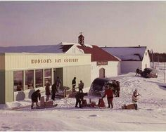 Possibly taken in the 60's. Hudson's Bay. Beside that is the Archway.