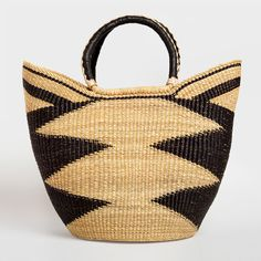 This fabulous tote is made by artisans in the Bolgatanga region of Ghana from elephant grass. www.daraartisans.com