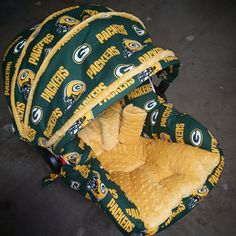 Green Bay Packers Infant Car Seat by GraceMadisonDesigns on Etsy Baby Groot, Toddler Car Seat, Baby Car Seats, Packers Baby, Greenbay Packers, Packers Football, Green Bay Packers Gifts, Green Bay Packers Wallpaper, All Nfl Teams