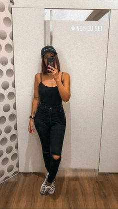 Chill Outfits, Basic Outfits, Summer Outfits, Casual Outfits, Cute Outfits, Teen Fashion, Fashion Outfits, Womens Fashion, Looks Black