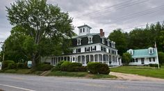 210-year-old country inn going to winner of an essay contest in Maine - http://www.dataheadline.com/us-news/210-year-old-country-inn-going-to-winner-of-an-essay-contest-in-maine/