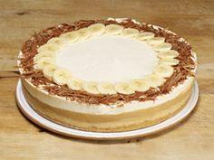Banoffee Pie - must have somewhere on London! Banana Pie, Banoffee Pie, Sweet Tarts, No Bake Treats, Dessert Recipes, Desserts, Tray Bakes, Cake Cookies, Vanilla Cake