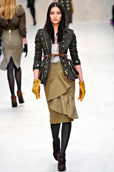 Burbery Prorsum Fall 2012. Leather gloves and feminine, frilly skirt. I want it all.