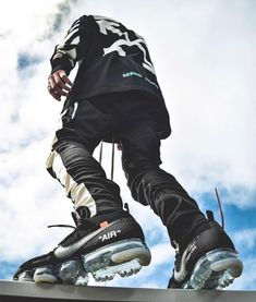 Mens Style Discover Ideas Fitness Hombres Wallpaper For 2019 Mode Streetwear Streetwear Fashion Sneakers Wallpaper Hypebeast Outfit Urban Fashion Mens Fashion Style Fashion Fashion Design Hypebeast Wallpaper Men Looks, Hypebeast Outfit, Urban Fashion, Mens Fashion, Style Fashion, Fashion Design, Sneakers Wallpaper, Hypebeast Wallpaper, Garment Racks
