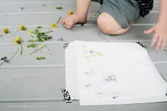 flower pounding art method - www.mcmamasays.com