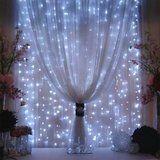 Weatherproof LED lights for winter wonderland wedding via @skinnybeaches