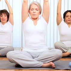 Entdecken Sie ein völlig neues Gefühl von Yoga oder Workout! Wir leben zwar auf der Erdoberfläche, aber wir haben uns durch unsere Lebensweise fast gänzlich von der heilenden Energie abgetrennt. Durch Earthing® werden Ihre Übungen zu einem völlig neuen Erlebnis. Immer und überall! Wir zeigen Ihnen, wie das geht ... Harem Pants, Yoga, Workout, Fashion, Earth, Health, Moda, Harem Trousers, Fashion Styles