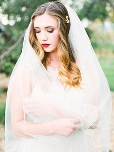 Photography : Callie Hobbs Photography Read More on SMP: http://www.stylemepretty.com/little-black-book-blog/2015/11/25/autumn-orchard-wedding-inspiration/