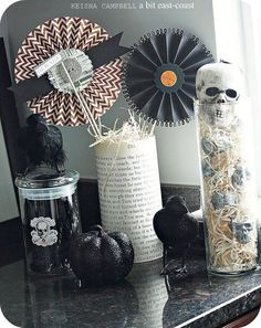 from Keisha Campbell - love the Halloween pinwheels with the punched edges
