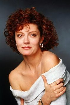 Picture: Susan Sarandon in 'Bull Durham.' Pic is in a photo gallery for Susan Sarandon featuring 34 pictures. Hollywood Actresses, Actors & Actresses, Susan Sarandon Hot, Thelma Et Louise, Bull Durham, Woman Movie, Annie Leibovitz, Celebrity Portraits, New York City
